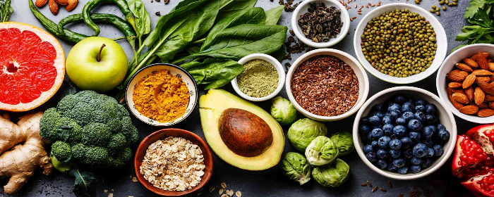 15 Superfoods and the Health Reasons to Eat Them